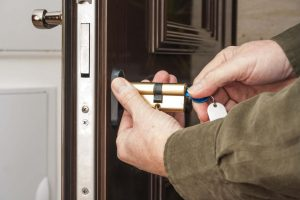 Emergency locksmith Chigwell